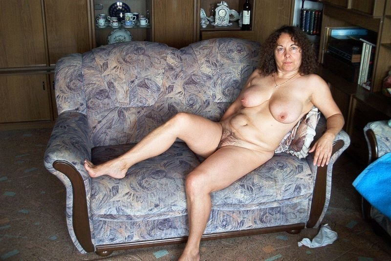 Devote Nacktheit 49 aus Zürich,Schweiz